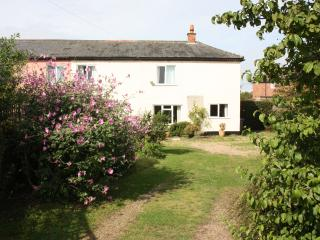 3 bedroom Cottage with Outdoor Dining Area in Snape - Snape vacation rentals