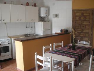 Bright Cottage with Washing Machine and Grill - San Pedro Manrique vacation rentals