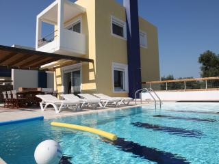 SUPERB VILLA-4 OVERLOOKING SEA AND GOLF COURSE - Rhodes vacation rentals