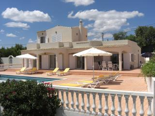 4 bedroom Villa with Internet Access in Loule - Loule vacation rentals