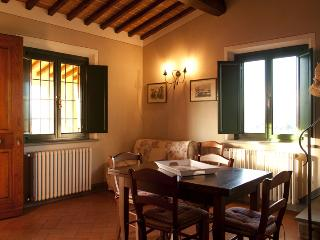 Nice Farmhouse Barn with Internet Access and Television - Vinci vacation rentals