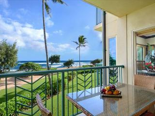 ***BEACH Front Bliss*** 3 beds PRIME LOCATION x3 & FAST Wifi - Kapaa vacation rentals