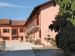 Nice B&B with Internet Access and Garden - Albaretto della Torre vacation rentals