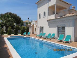 Nice 5 bedroom Quinta do Lago Villa with Internet Access - Quinta do Lago vacation rentals