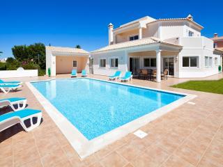 Casa das Oliveiras - Carvoeiro vacation rentals