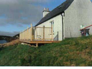 Romantic 1 bedroom Isle of Lewis Cottage with Balcony - Isle of Lewis vacation rentals