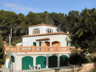 Beautiful 5 bedroom Cala Mesquida Villa with Internet Access - Cala Mesquida vacation rentals
