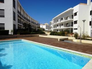 APARTMENT SERRAO - Town Centre, Pool and WIFI - Tavira vacation rentals