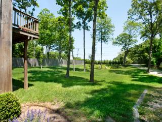 Perfect East Hampton vacation House with Deck - East Hampton vacation rentals