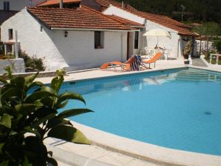 2 bedroom Cottage with Internet Access in Vila Nova de Poiares - Vila Nova de Poiares vacation rentals