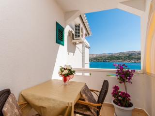 Apartments Nedjeljka - 28891-A2 - Pag vacation rentals