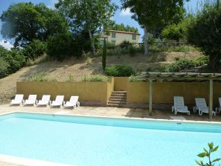 Bright 5 bedroom Villa in Sant'Angelo In Pontano - Sant'Angelo In Pontano vacation rentals