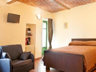 Romantic 1 bedroom La Morra Condo with Internet Access - La Morra vacation rentals