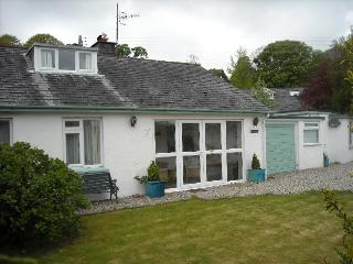 Spacious 4 bedroom Llanbedrog Bungalow with Deck - Llanbedrog vacation rentals