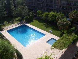 IDEAL FAMILY & CHILDS¡ POOL & TERRACE. NEAR BEACH¡ - Barcelona vacation rentals