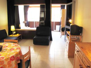 Vilamoura Central Apartment (Wi-Fi) - Vilamoura vacation rentals
