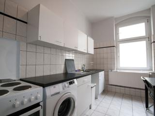Girls Shared Room with 4 Beds in Berlin Center - Berlin vacation rentals