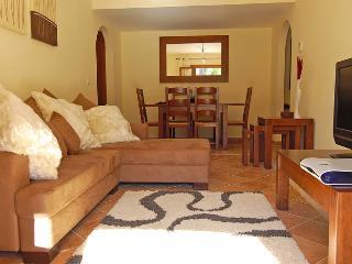 3 bedroom Apartment with Internet Access in Costa Esuri - Costa Esuri vacation rentals