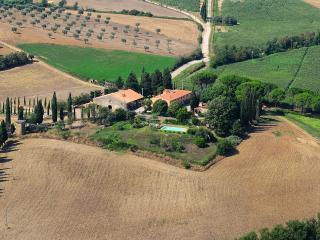 La Pergola - farm holidays, 25km from the sea - Manciano vacation rentals