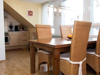 Nice 3 bedroom Apartment in Cologne - Cologne vacation rentals