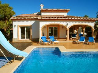 Perfect Villa with Internet Access and Grill - Javea vacation rentals