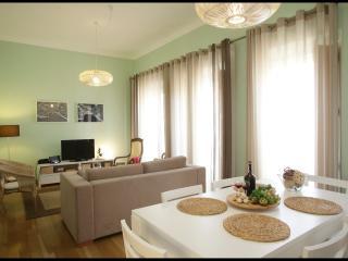 Nazare, lovely 2-bedroom apartment Casa da Irene - Nazare vacation rentals