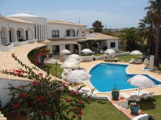 FLOR DO VALE  APARTMENTS - Albufeira vacation rentals