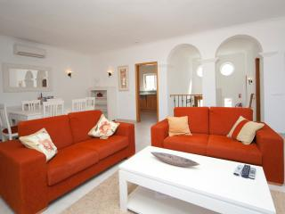 Casa Figueira - Budens vacation rentals