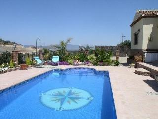 Cozy Villa in Coin with Dishwasher, sleeps 6 - Coin vacation rentals