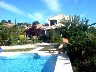 South of France Village Villa with Large Pool - Pezenas vacation rentals