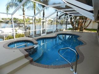 Key Largo - 3 Bedrooms, Heated Pool and Spa, Gulf Access, Wifi HS - Remodeled 2012 - Cape Coral vacation rentals