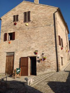 Cozy 2 bedroom Carassai House with Internet Access - Carassai vacation rentals