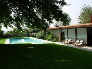 Nice Bed and Breakfast with Internet Access and Outdoor Dining Area - Vila Nova de Famalicao vacation rentals