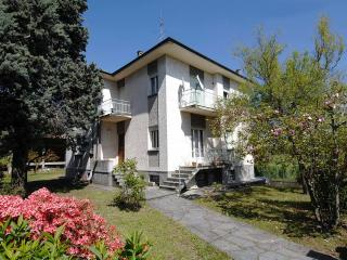 2 bedroom House with Internet Access in Varallo Pombia - Varallo Pombia vacation rentals