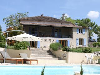 5 bedroom Farmhouse Barn with Internet Access in Montcuq - Montcuq vacation rentals
