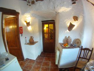 Perfect 2 bedroom Cave house in Province of Granada with Balcony - Province of Granada vacation rentals