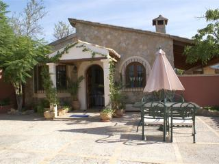 Charming Finca with Dishwasher and Grill - Calvia vacation rentals