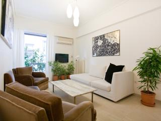 Acropolis, lovely 2 bedr'm apt, free WiFi - Athens vacation rentals