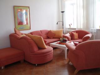 Bright 5 bedroom Guest house in Cuxhaven - Cuxhaven vacation rentals