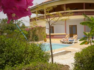Nice Villa with A/C and Satellite Or Cable TV - Mbour vacation rentals