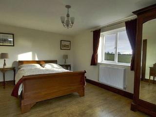 3 bedroom Bungalow with Internet Access in Malpas - Malpas vacation rentals