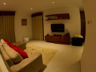 ROOMS IN COLOMBO SRILANKA - Battaramulla vacation rentals