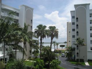 Casa Marina Newly Updated Condo - Fort Myers Beach vacation rentals