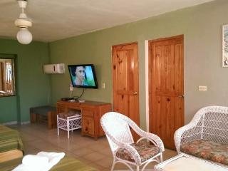 Cheap life in a Paradise - Sosua vacation rentals
