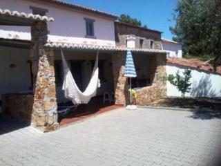 Nice Cottage with Refrigerator and Toaster - Vila de Rei vacation rentals
