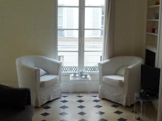 2 bedroom Apartment with Internet Access in Paris - Paris vacation rentals