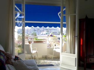 le commodore - Antibes vacation rentals