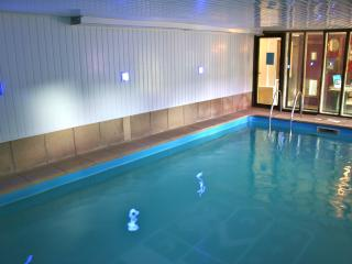 The Chapel Hot Tub and Pool - Alport vacation rentals