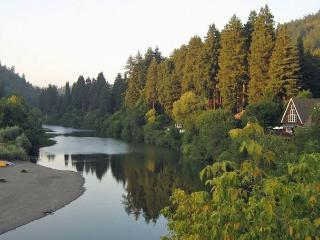 """Moon River"" River Views!HotTub,Deck,Walk to River!Wineries! - Dillon Beach vacation rentals"
