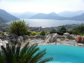 Nice Condo with Internet Access and Garden - Iseo vacation rentals